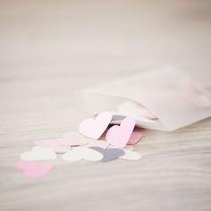 Confetti hartjes in de kleuren: antraciet, pink, ivoor & soft-pink