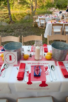 Now *that* is a table set for a lobster bake. Lobster Bake Party, Shrimp Boil Party, Crab Party, Crawfish Party, Seafood Party, Lobster Fest, Lobster Boil, Lobster Dinner, Crab Bake