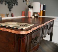 DIY: Copper-trimmed vanity table