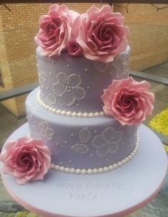 Roses and Pearls Birthday Cake