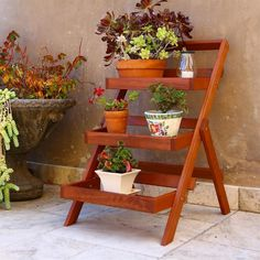 Vifah V1512 Outdoor 3-Layer Plant Stand at Lowe's Canada $100