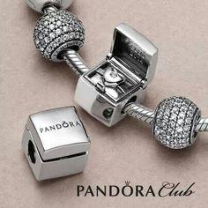 Pandora Club charm
