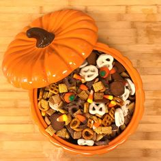 Fall Snack Mix Recipe Fall Snack Mixes, Snack Mix Recipes, Fall Snacks, Stuffed Mushrooms, Vegetables, Cooking, Diy, Food, Stuff Mushrooms