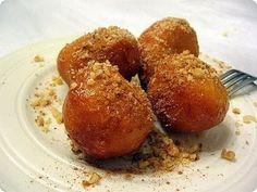 Λουκουμάδες με σιρόπι μέλι και γεύση κανέλας - Η ΔΙΑΔΡΟΜΗ ®