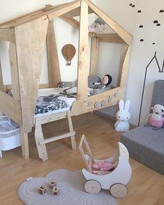 Incredible house bed, kids room -julias_verden
