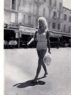 """Brigitte Bardot walks barefoot in St Tropez, 1958"""