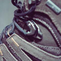 Salomon na Black Boots