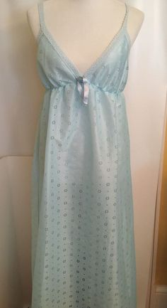 Vintage 60 s Negligee Blue Nightgown Union Label USA Polyester Womens Size  M  Unbranded Union Made 0dfb4de7b