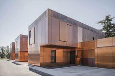 銅で覆われた建築 - REDonePRESS