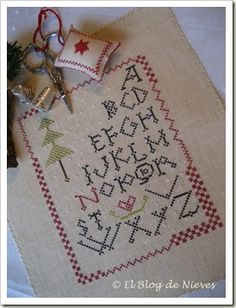 Punto de Cruz / Cross Stitch: Love in a Manger Brightneedle Charted Designs Stitch Count 84 by 108  Carol Sessoms The Linen Sampler 4020 South Cove Lane Belmont, NC 28012