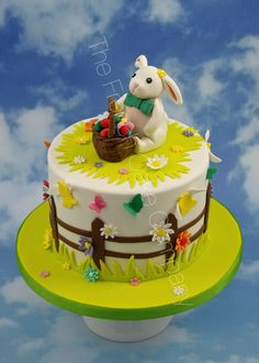 Mr Easter bunny is collecting Easter eggs Mr le Lapin participe à la chasse aux oeufs! Gâteau de Pâques original