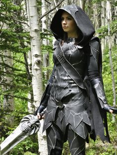 jointhecosplaynation: Cosplay Image of the Day -. Skyrim Costume, Skyrim Cosplay, Elven Costume, Epic Cosplay, Steampunk Cosplay, Cosplay Ideas, Warrior Girl, Fantasy Warrior, Warrior Women