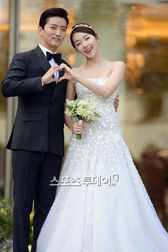 so yi hyun and in kyo jin get married with celeb friends