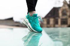 1557ecbef2f0 Nike Wmns Air Huarache Run  Teal  Trendy Womens Sneakers