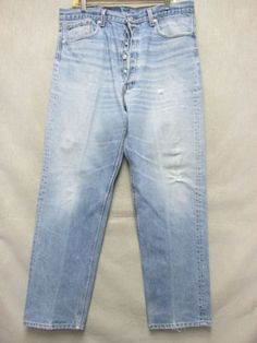 c4485bfbab2ef9 A7330 Levi s Light blue 501 USA Made Cool Jeans Men 37x30