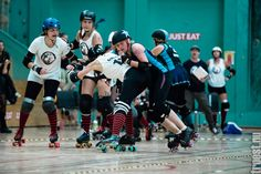 Copenhagen Roller Derby – Kick Ass Cuties vs. Aarhus Derby Danes! #rollerderby © 2014 Peter Troest. All rights reserved.