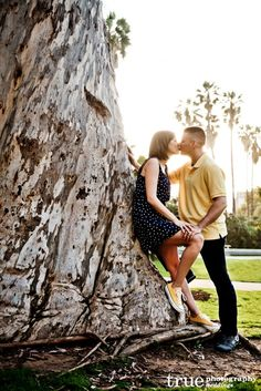 Featured Engagement Shoot: A Late Afternoon Photo Shoot at Balboa Park | Aly  Christopher / San Diego wedding photography