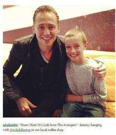Tom and a little fan-THIS IS SO CUTE!!!!!
