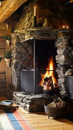 Get cozy this winter with these fireplace ideas for you. Over twenty cozy five fireplace ideas you need to copy for this winter. Cabin Fireplace, Rustic Fireplaces, Fireplace Design, Fireplace Mantels, Fireplace Ideas, New Interior Design, Home Design, Cabin Homes, Log Homes