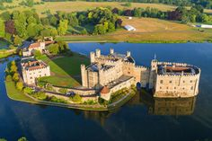 15 Fairytale Castles You Must Visit In England (13)