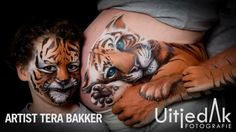 can be a family affair. Artist Tera Bakker warms our heart with this work of art Face Painting Tutorials, Face Painting Designs, Tattoo Baby Shower, Pregnancy Tattoo, Pregnant Belly Painting, Belly Art, Belly Casting, Japanese Tattoo Symbols, Traditional Japanese Tattoos