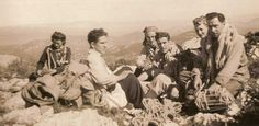 Mme Tanner, Gaston Rébuffat, Robert Tanner, André Coudray, Gisèle Albert, Georges Albert Novembre 1937   Calanques. France