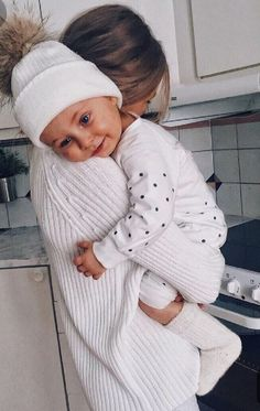 - So cute 🤣🤣🤣 Baby love 💖 Cute Family, Baby Family, Family Goals, Baby Kind, Baby Love, Little Babies, Cute Babies, Future Mom, Foto Baby