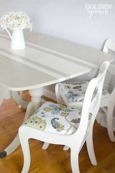 How to Update a Classic With Chalk Paint by Annie Sloan - Dining Set - Ideas of Dining - how to update a classic with chalk paint by annie sloan chalk paint painted furniture Fun fabric adds a touch of whimsy Outdoor Dining Furniture, Retro Furniture, Paint Furniture, Upcycled Furniture, Furniture Makeover, Kitchen Furniture, Furniture Logo, Coaster Furniture, Furniture Stores