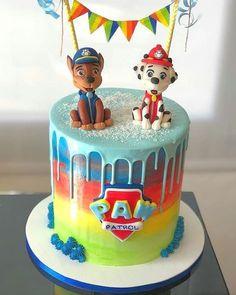 Only do the paw patrol colours Paw Patrol Chase Cake, Bolo Do Paw Patrol, Torta Paw Patrol, Paw Patrol Cupcakes, 4th Birthday Cakes, Pig Birthday, Birthday Ideas, Fete Laurent, Cake Disney