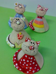 Diy Crafts - result for pottery suggestions christmas - Bastelideen Pottery Animals, Ceramic Animals, Clay Animals, Polymer Clay Kunst, Polymer Clay Crafts, Clay Art Projects, Ceramics Projects, Ceramic Clay, Ceramic Pottery