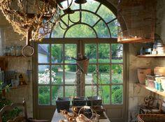 Décor de Provence, window