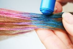Temporary locks made simple with hair chalk and it can last up to 3 days!