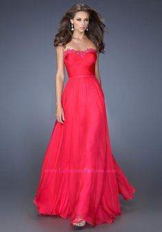 Shop long formal dresses and formal evening gowns at Simply Dresses. Women's formal dresses, long evening gowns, floor-length affordable evening dresses, and special-occasion formal dresses. Prom Dress 2014, Prom Dress Shopping, Homecoming Dresses, Strapless Dress Formal, Formal Dresses, Dress Long, Dresses Dresses, Long Dresses, Cheap Prom Dresses