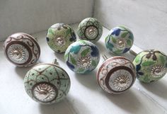 8 Ceramic Knob set green-brown designs from KnobKleo von KnobKleo