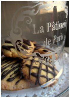 GALLETAS DE PLÁTANO Y CHOCOLATE SIN AZÚCAR / banana & chocolate cookies, sugar free! (recipe in Spanish)