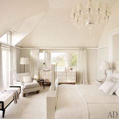 Beach house bedroom by architect Thierry Despont. Photo by Pieter Estersohn. From Architectural Digest.