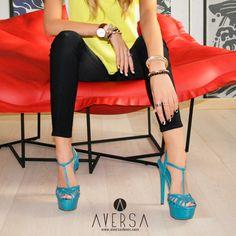 SCHUTZ Sandal Summer Mestico Tile Blue