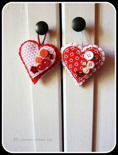 Colgadores corazón para los armarios Felt, Drop Earrings, Diy, Crafts, Jewelry, Ideas, Beautiful Things, Wardrobes, Hair Bows