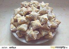 Nekynuté koláčky ze tří ingrediencí recept - TopRecepty.cz Shortbread Cake, Something Sweet, Cheesecakes, Quick Easy Meals, Apple Pie, Potato Salad, Food And Drink, Sweets, Cookies