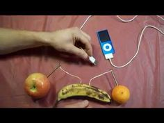 Did You Know You Can Charge An Apple iPod With Apple The Fruit? It Really Works! | Mind Blowing Videos