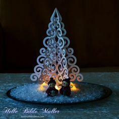 Swirly Christmas Tree #birdssvgs #birdscards