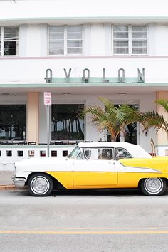 vintage car outside the avalon hotel in miami photo by Leslie Santarina