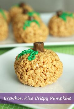 Rice Crispy Pumpkins made from Erewhon Organic Crispy Brown Rice Cereal! #Erewhon #GlutenFree #Halloween