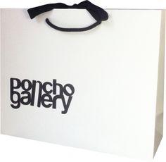 Résultats Google Recherche d'images correspondant à http://media.cdnws.com/_i/5453/p%257B318%257D-sac-luxe-magasin-boutique-poncho-gallery-0...