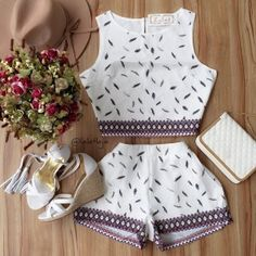 Confortável para passear a tarde! Girly Outfits, Chic Outfits, Fashion Outfits, Summer Outfits For Teens, Spring Outfits, Teen Fashion, Womens Fashion, Fashion Beauty, Two Piece Outfit