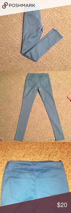 Selling this Sky Blue skinny Jeans size 1 on Poshmark! My username is: ckhoffma. #shopmycloset #poshmark #fashion #shopping #style #forsale #Denim