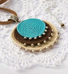 This Pin was discovered by Gal Knitting Yarn, Hand Knitting, Fabric Yarn, Handmade Jewelry, Handmade Gifts, Hand Sewing, Body Art, Christmas Crafts, Crochet Earrings