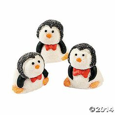 Marshmallow decorations for cake or hot cocoa bar? Polar Bear Party, Penguin Party, Decorated Marshmallows, Recipes With Marshmallows, Penguin Baby Showers, Winter Wonderland Party, Winter Onederland, Chewy Candy, Hot Cocoa Bar