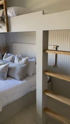 Small Room Design Bedroom, Bedroom Loft, Home Room Design, Bedroom Decor, Diy Bed Loft, Box Room Bedroom Ideas, Loft Room, Bunk Bed Rooms, Bunk Beds Built In