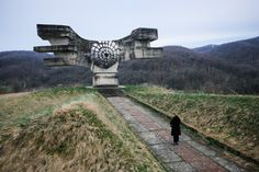 """""""Photo thread: Dozens of bizarre futuristic monuments appear out of place jutting from the varied landscape of the former Yugoslavia—ghostlike echoes of a country that no longer exists. Brutalist, Travel Goals, World Cultures, Lovers Art, Railroad Tracks, Futuristic, Abandoned, Concrete, Around The Worlds"""